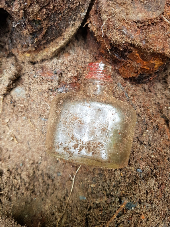 Dralle perfume bottle hobbyhistorica ww2 relic hunting battlefield recovery metal detecting histroy hunting rust hunting