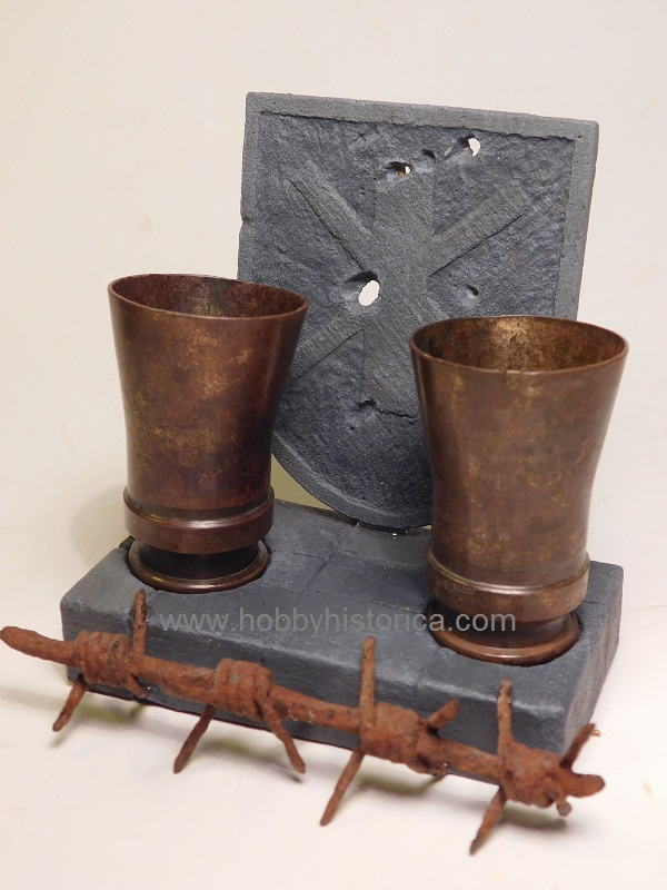 custom made display stand ww2 relics hobbyhistorica