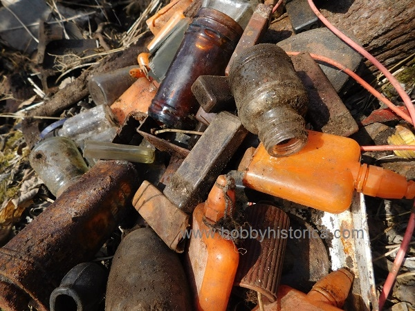 hobbyhistorica ww2 expedition gasmask mountain wehrmacht dump site